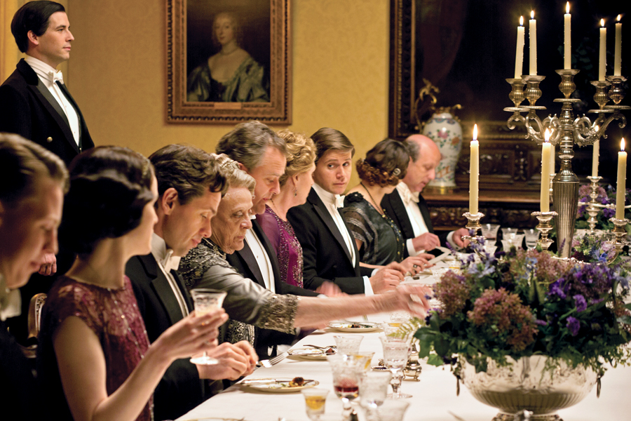 Dinner Party Tips for Hosting a Crowd!